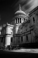 Coffee at St Paul's by TamarViewStudio
