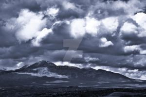 Mountain Clouds by sttbug