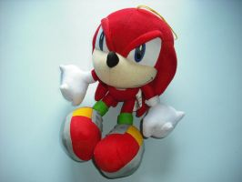 Knuckles the Echidna peluche by Lynus-the-Porcupine