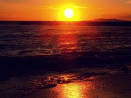 A sunset on the sea by Cidiene
