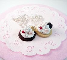 Cookie and Cream Necklace by Meow-Box