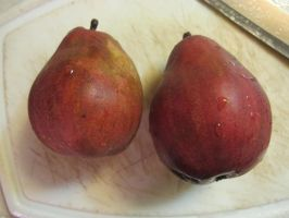 Red Pears by Windthin