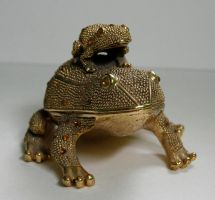 gold_frog2 by SStocker