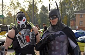 Stoke-Con-Trent 2014 (8) Batman and Bane by masimage