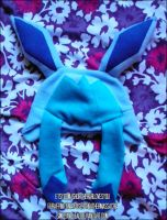 Glaceon Hat by SmileAndLead