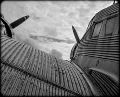 Junkers Ju 52 by Roger-Wilco-66
