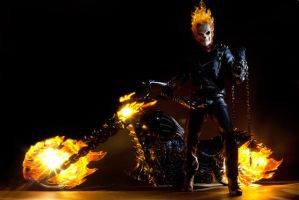 Hot Toys Ghost Rider 2 by Figure-Gallery