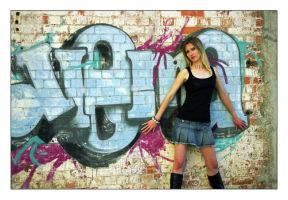Grunge Shoot - 3 by twitchster