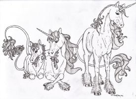 Unicorn Family lineart by Almalphia