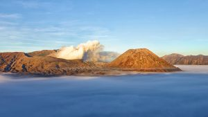 Bromo Mountain by russell910
