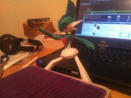 Gallade Papercraft by Magedark9