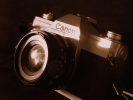 Canon Camera by Annesaar
