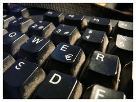 My dirty keyboard by nithilien
