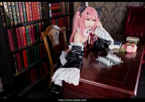 Seraph of the End Cosplay 6 by eefai