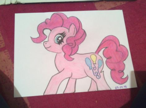 Pinkie Pie by Crystalshimmer44