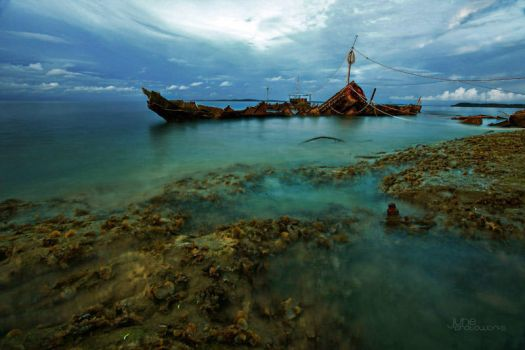 Wreck by juhe