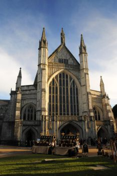 Winchester Cathedral by rorshach13