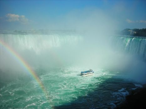 Maid of the Mist at Horseshoe Falls by Lady-Blue