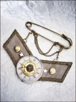 steampunk brooch by onegreyelephant