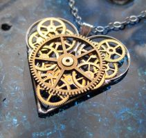 Gear Heart Necklace Quiver by AMechanicalMind