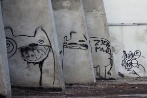 wall monsters by Milesja