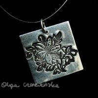 Silver flowers by OlgaC