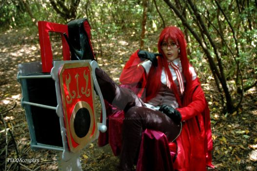 Ladies, Gentlemen, may I announce Grell Sutcliff by PLOMcosplay