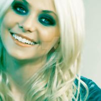 Taylor Momsen O14 by Iloveambernfire