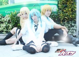 Kuroko : Girl version with twin kise by azukajung