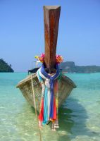 thai boat by DelMuro
