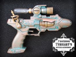 Flux Pistol Custom by tursiart