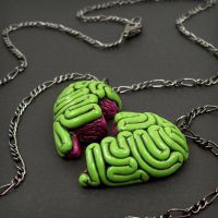 Brainy BFF Necklace green by beatblack