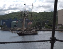 Privateer Lynx in the Duluth Harbor by geeegnome