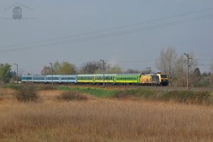 480 005 with Intercity train near Gyor by morpheus880223