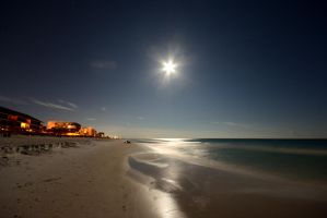 Moonrise over the Gulf by stanley2710
