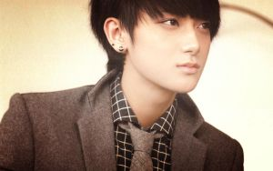 Huang Zitao 1280 x 800 by milkystepsx3