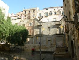 Spain T10 Lost in the city by Gwathiell