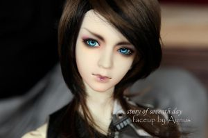 Face up34 by ymglq