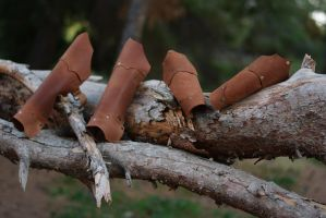 Thin Leather Bracers and Greaves by IlMoro89