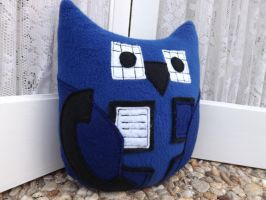 Owl Plushie Inspired by the Tardis from Doctor Who by sylvialovespink