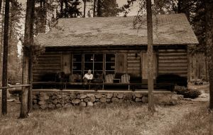 Cabin in the woods by Wrightam