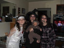 Before Trick or Treating :D by NikkitheNinja