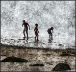 People and Sea 2 by kanes