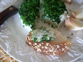 Homemade garlic and herb cheese by Rhissanna