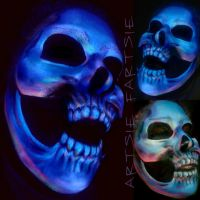 Uv skull by ARTSIE-FARTSIE-PAINT