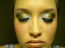 Champagne Makeup 2 by CrazyPicChick