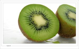 Green Kiwifruit by woolfier