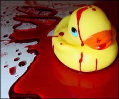 Bloody Duck : Swimming by DecoyRobot