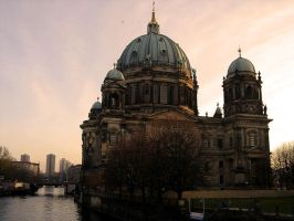 Berlin cathedral by xanderking
