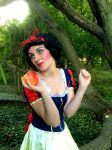 Snow White-With A Smile And A Song by RaeandaDavies